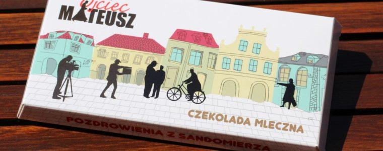 Polska mleczna czekolada w opakowaniu kartonowym 100g, min.50szt.