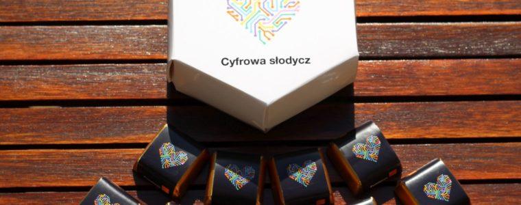 Pudełko sześciokątne z czekoladkami z logo, min. 25szt.
