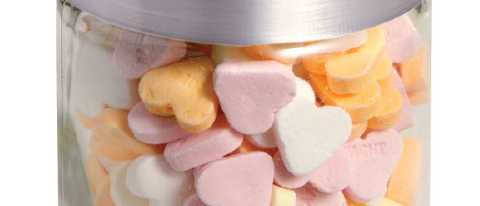 Słoiczek z logo z cukiereczkami serduszkami, min. 100 szt