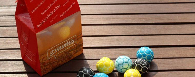 Torebka mundialowa na 12 gum balonowych lub czekoladowych piłek, min. 100szt