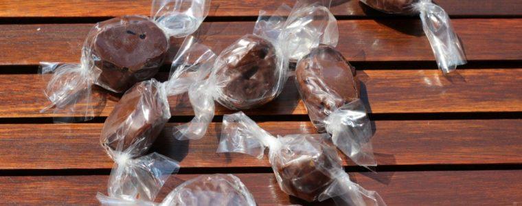 Śliwka w czekoladzie z logo, min. 50 kg