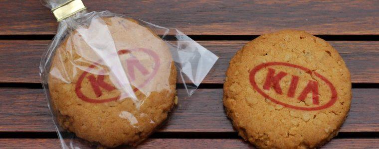 Ciasteczka kruche lub owsiane z kolorowym nadrukiem, min. 100szt.