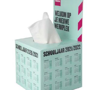 Chusteczki higieniczne w pudełku ze stójką, min. 500szt.